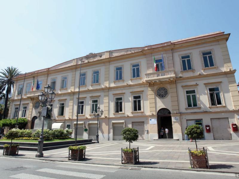 Sant'Agnello – Emergenza Coronavirus/ Accordo trasversale, rinviato il Consiglio comunale sull'housing