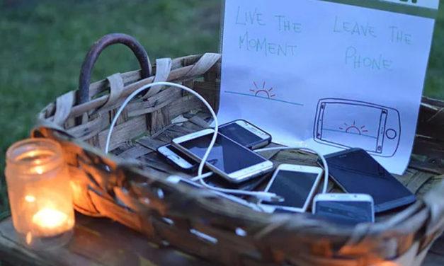Rubrica – Pigliàte 'na zappa/ Startdown – Aperipezza: Niente cellulari, bruschette, vino sfuso e una chitarra