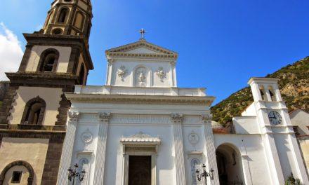 Meta/ Dalla Regione arrivano 200 mila per il restauro della Basilica di Santa Maria del Lauro