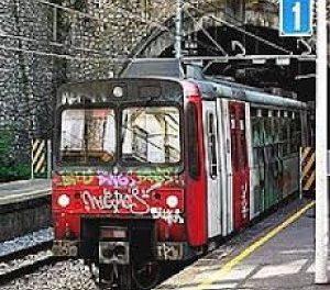 """Penisola sorrentina/ """"Premio all'EAV? Venite con noi nelle stazioni e sui treni"""": la lettera provocatoria dei 5 Stelle"""