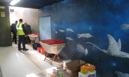 Ci hanno preso per i fondelli: il murales l'ha ripulito stesso l'EAV