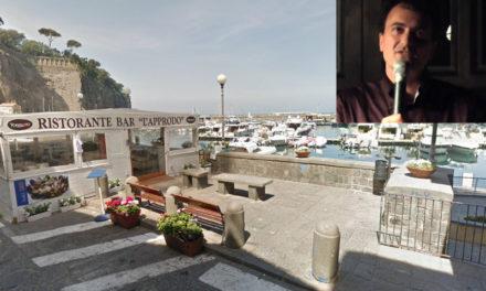 """Marina di Cassano/ """"Liberate la piazzetta"""": Don Pasquale Irolla scrive all'Amministrazione comunale"""