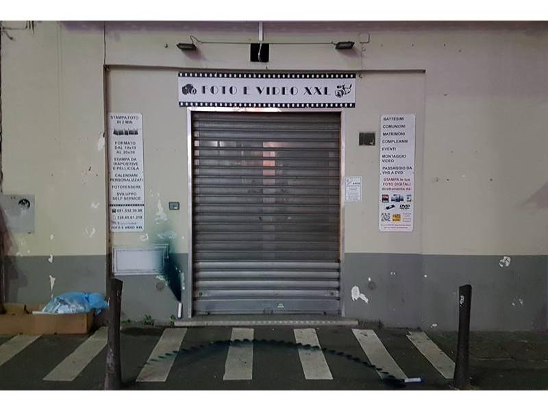 Piano di Sorrento/ Ancora vandalizzato il negozio del fotografo juventino Diego Ambruoso (VIDEO)