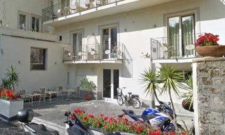 Sant'Agnello/ Sbancamento in hotel del centro: arriva l'ordinanza del Comune