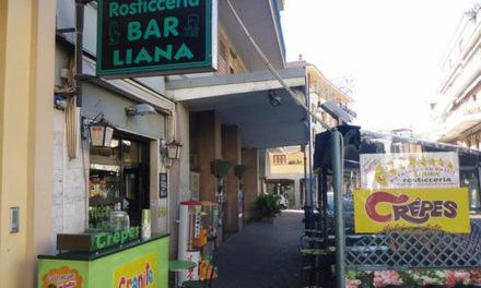 Piano di Sorrento/ I locali del Bar Liana sono parzialmente abusivi, il Comune lo scopre dopo 50 anni e ordina la demolizione