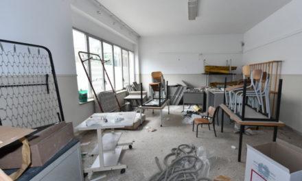 Piano di Sorrento – Scuola della Vergogna/ Dopo il nostro reportage, Iaccarino corre ai ripari: al via la messa in sicurezza
