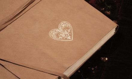 Il cuscino di Maelka / C'era una volta l'album fotografico …