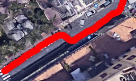 Piano di Sorrento – Chiusura tratto Piazza Cota/ Arriva la chicane delle auto tra tavoli e sedie: ecco l'ordinanza che modifica i propositi iniziali