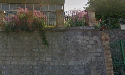 Piano di Sorrento/ Sbancamenti e scavi non autorizzati: sospesi i lavori all'ex Settebello