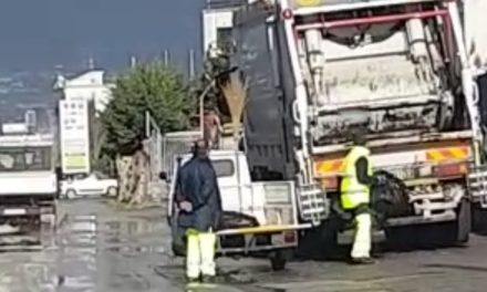 Sant'Agnello/ I lavoratori del servizio igiene urbana minacciano lo sciopero: ritardi nel pagamento degli stipendi