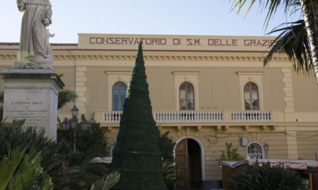 """Sorrento – Conservatorio Santa Maria della Grazie/ """"Una svendita scellerata"""": la netta presa di posizione dei Cinque Stelle"""
