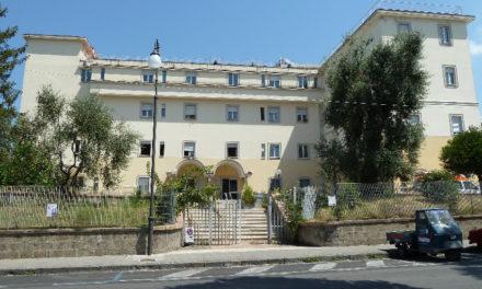 Sant'Agnello/ L'ASL vuol fare causa al Comune: chiede 500 mila euro e la restituzione di due locali e tre terreni. Qualcosa però non quadra.