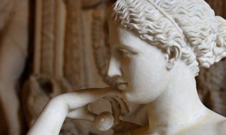 Scacco all'Arte con la Prof/  L'umana divinità di Prassìtele