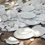 """Sorrento/ """"Devo aspettare due mesi per buttare dei piatti di ceramica"""": la segnalazione di una nostra lettrice a proposito della gestione del servizio rifiuti"""