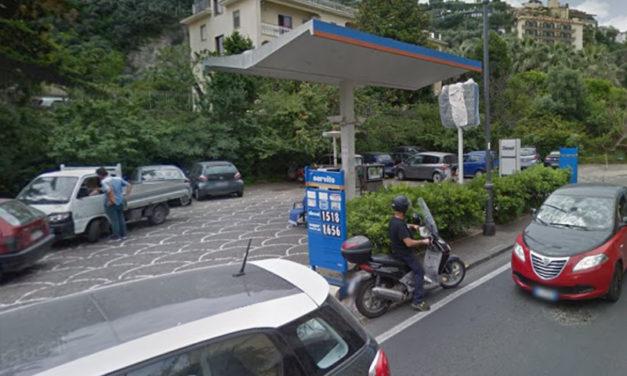 Sant'Agnello/ Il Comune ordina la bonifica dell'ex stazione IP