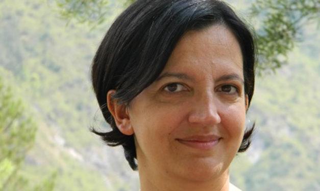 """Penisola sorrentina – Primarie PD/ """"Con Zingaretti per un PD che argini la deriva a destra"""": l'appello al voto di Stefania Astarita"""