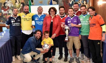 Piano di Sorrento/ Antonio Guarracino riunisce la Città per il torneo dei rioni: ieri la presentazione