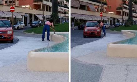 Sorrento/ Dopo pediluvio e bagno arriva anche l'autolavaggio per la vasca di Piazza Lauro (FOTO-NOTIZIA)