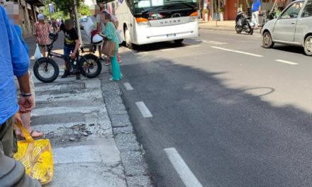 Sorrento/ In via degli Aranci turista investito da bici elettrica. Il pedone finisce in ospedale
