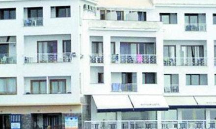 Meta/ Tra i beneficiari dei posti riservati anche l'hotel di famiglia del Sindaco Tito