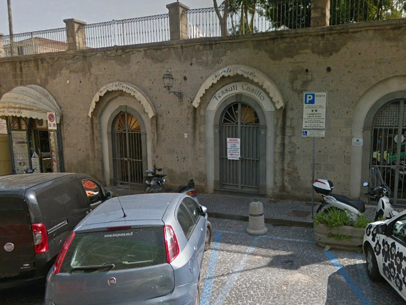 Piano di Sorrento/ Nessuno vuole i negozi di via San Michele: il Comune abbassa ancora le sue pretese