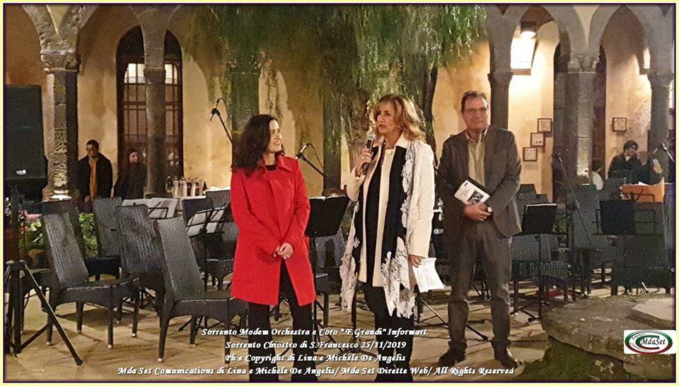 "Sorrento – Chiostro San Francesco / In Form Art: ""Grandi"" in Mostra"