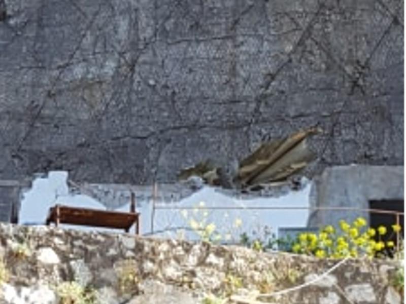 Meta/ Crollo sul Parcheggio dell'Hotel Alimuri