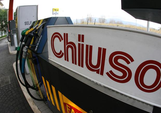 """Emergenza Coronavirus/ """"Da domani inizieremo a chiudere gli impianti di benzina"""": la minaccia delle associazioni di categoria"""