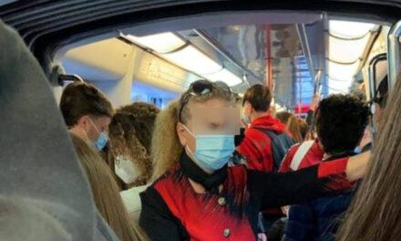 Emergenza Covid/ Movida e matrimoni no, burdello nei treni sì: la strana lotta al virus dello Sceriffo De Luca