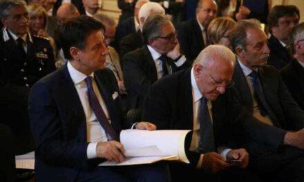 Emergenza Covid/ Masaniello De Luca attacca Peppiniello Conte: ormai è scontro totale