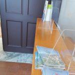Piano di Sorrento/ Vaccino e santino: al centro di Villa Fondi spunta il materiale elettorale del Sindaco Vincenzo Iaccarino (la foto-denuncia)