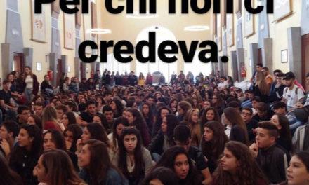 """Sorrento occupazione del Municipio/ Uno studente racconta: """"Ignorati dal Sindaco Cuomo"""""""