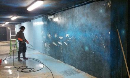 Piano di Sorrento/ Ignoti nella notte ripuliscono il murales