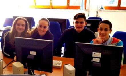 Meta/ A quattro alunni della Buonocore-Fienga il primo posto nazionale ai giochi informatici