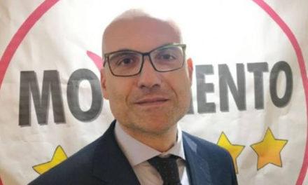 """Penisola sorrentina/ """"Lo stipendio non va ridotto, è giusto che i cittadini mantengano i parlamentari"""": parola di Catello Vitiello, il deputato eletto per il 5 Stelle nel nostro collegio"""