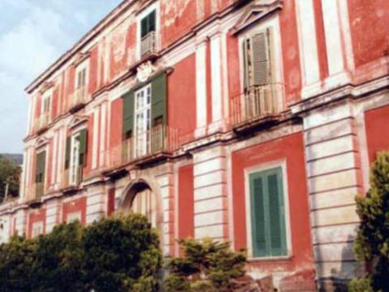 """Inchiesta """"Pane, Amore e…Boutique Hotel"""" – L'appartamento in Villa Giuseppina/ Acquistato dal Comune per realizzare il Museo del Mare, finisce all'asta tra i beni da locare (PRIMA PUNTATA)"""