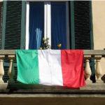 """Piano di Sorrento/ """"Non siamo a """"Non è la D'Rurso"""", evitiamo assembramenti e flash-mob su balconi e nei condomini"""": il nuovo appello del Sindaco Vincenzo Iaccarino"""