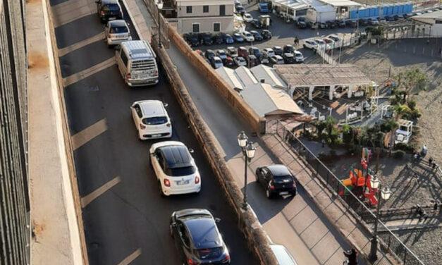 Emergenza Covid/ Il Sindaco Tito chiude spiagge e porto da domani fino al 23 novembre